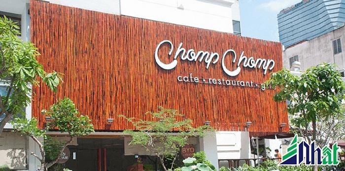 Bảng hiệu quán cafe Chomp Chomp