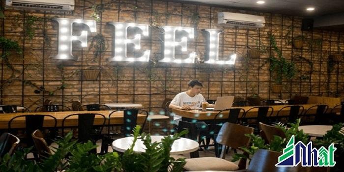 Biển hiệu quán cafe Feel
