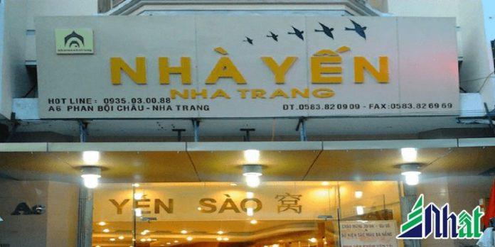 Bảng hiệu cửa hàng Nhà Yến Nha Trang