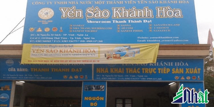 Bảng hiệu cửa hàng Yến Khánh Hòa