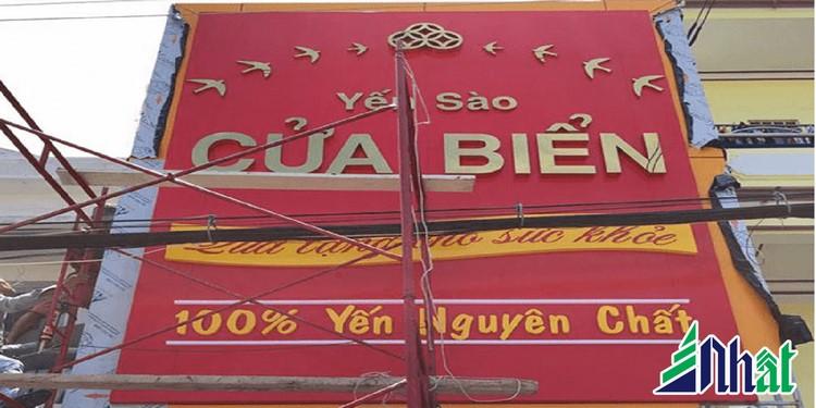 Bảng hiệu cửa hàng Yến Sào Cửa Biển