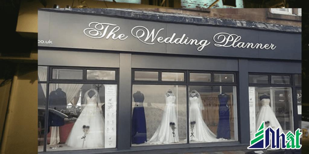 Bảng hiệu cửa hàng áo cưới đẹp