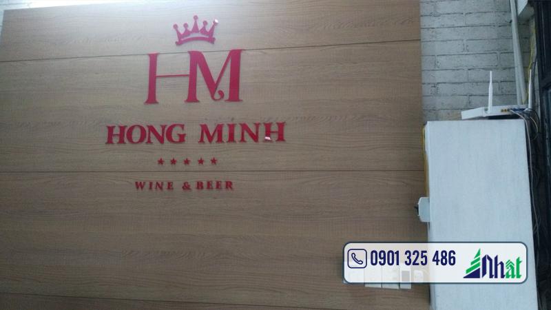 bảng hiệu cửa hàng rượu