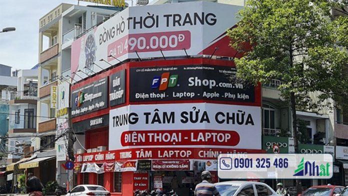 Bảng hiệu cửa hàng điện thoại FPT